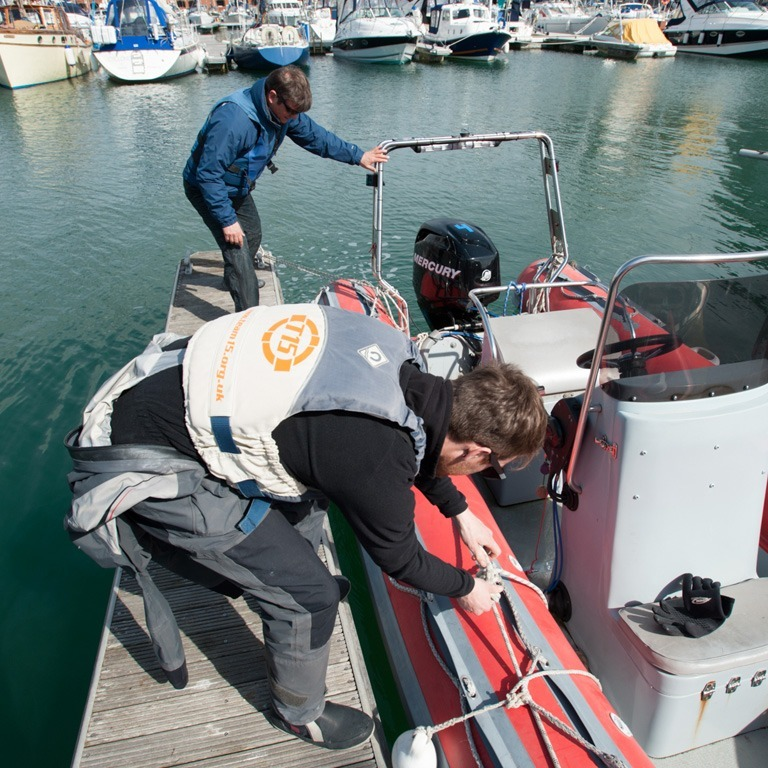 Setting up the powerboat